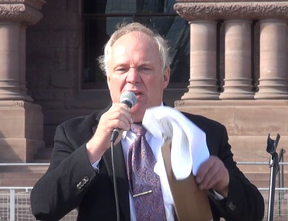 Trillium Leader Bob Yaciuk at Queen's Park Rally